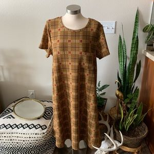 Nwot Lularoe Carly mustard yellow dress